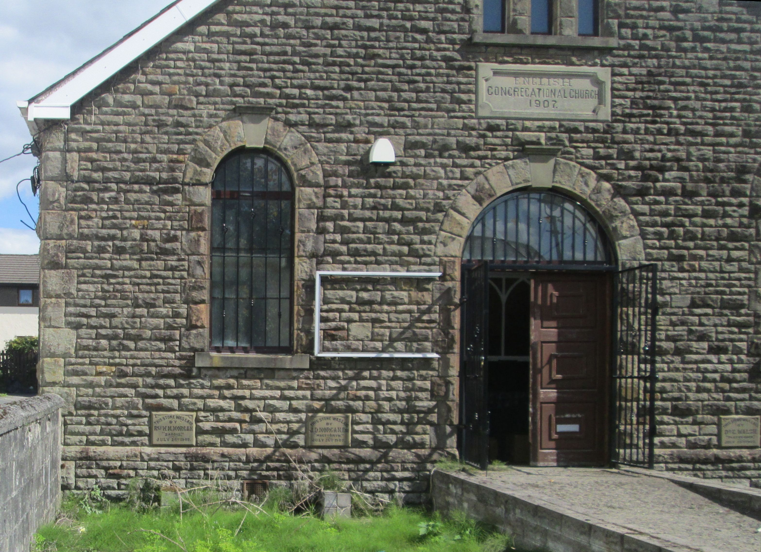 The left side of the building of the English Congregational Church